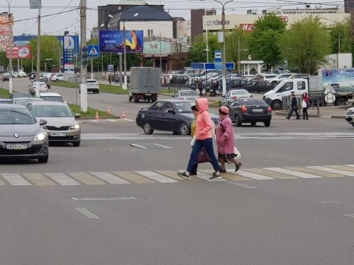 Замена светофоров. С утра на перекрестке Грязнова и Ленина чуть не случился хаос