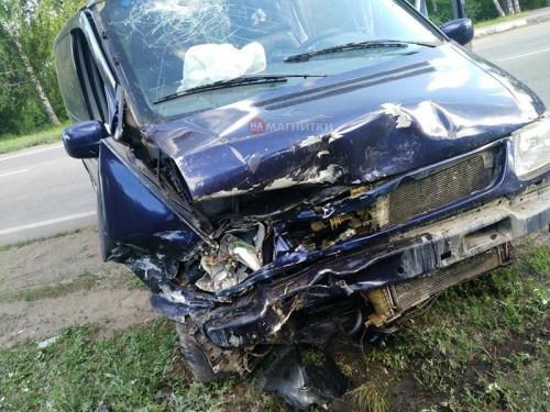 Не справился с управлением. Водитель «Яндекс.Такси» протаранил два автомобиля
