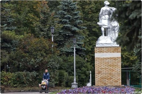 В городе появится новый памятник. Комсомольцы-первостроители и жертвы политических репрессий будут в одном сквере