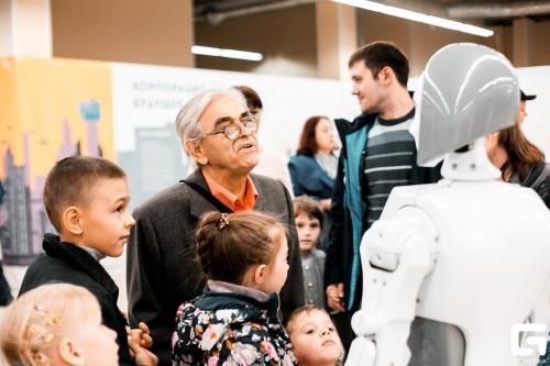 C чего начинается день робота? Узнай в «Робополисе»!