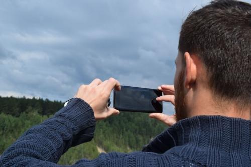 Смартфон для легких на подъем. «МегаФон» рекомендует идеальное средство связи