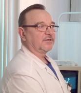С юбилеем, доктор! Городская больница №2 поздравляет заведующего отделением колопроктологии, заслуженного врача РФ Анатолия Головко