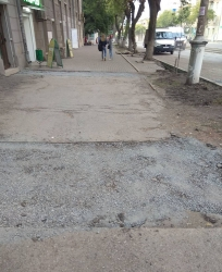 Работать приходилось и по ночам. Крупнейший подрядчик рассказал, как ремонтировал дороги города в этом году