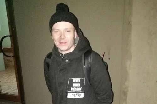 Захотел магнитик? Пьяный житель Магнитогорска обчистил помещение турфирмы
