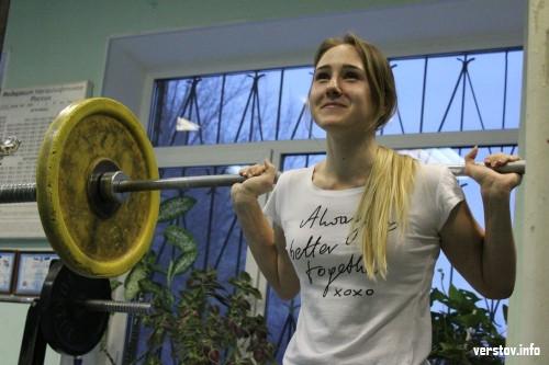 «После первого подхода страх ушел». Студентка из Магнитки установила новый рекорд России