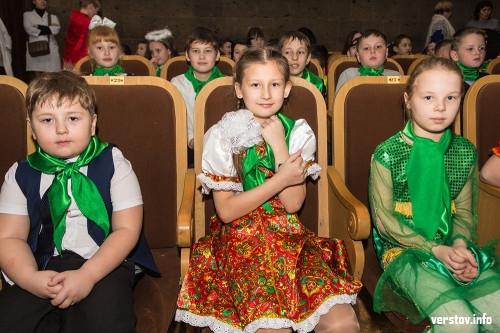 «Смело идите к своим мечтам». Дубровский поздравил юных жителей Магнитогорска и соседних районов с Новым годом