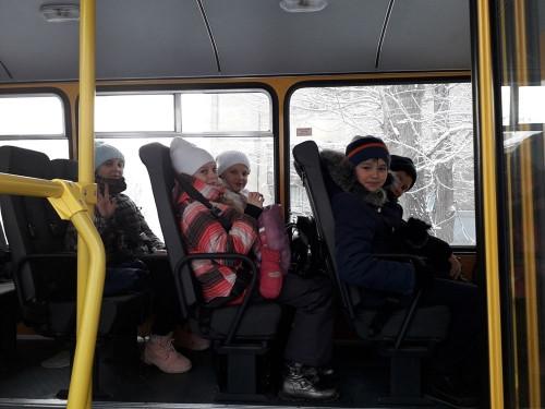 Нарушений не выявили. ГИБДД и родители юных магнитогорцев проверили школьные автобусы