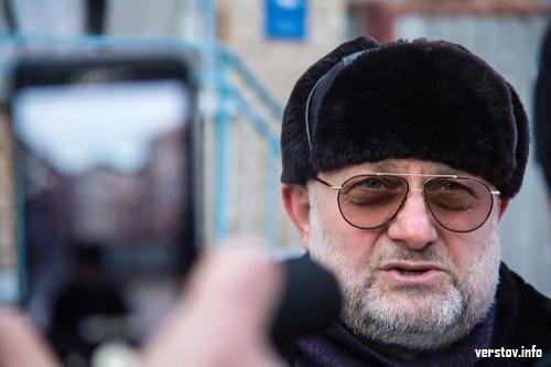 «У меня ком в горле». Министр Чечни побывал на месте магнитогорской трагедии