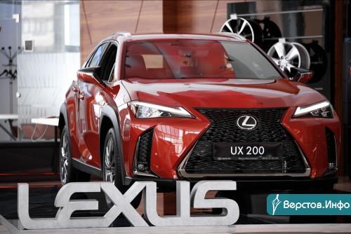 Теперь линейка внедорожников и кроссоверов Lexus играет в «полном составе»