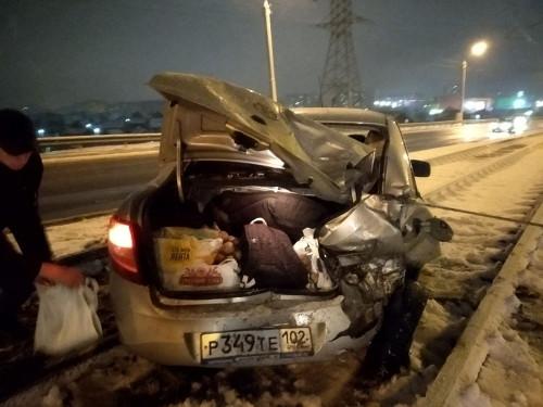 Ударил и уехал. Пьяный водитель «Гелендвагена» протаранил легковушку, в которой был трёхлетний ребенок