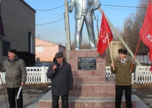 Коммунистам запретили заступаться за агаповскую «Звезду». А Тайбергенов считает районный бюджет своим личным карманом?