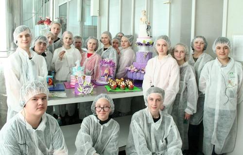 Магнитогорский хлебокомбинат «СИТНО» открыл свои двери для школьников