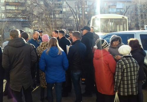 Готовы пойти навстречу. Замглавы Магнитогорска встретился с пострадавшими жильцами дома № 164 на проспекте Маркса