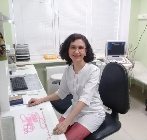 Пополнение у нас – будет и у вас! «Dr.Life» принял на работу перспективного гинеколога