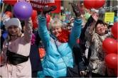За достойную зарплату, доступное жильё и индексацию! Около 30 тысяч горожан отметили Первомай праздничным шествием
