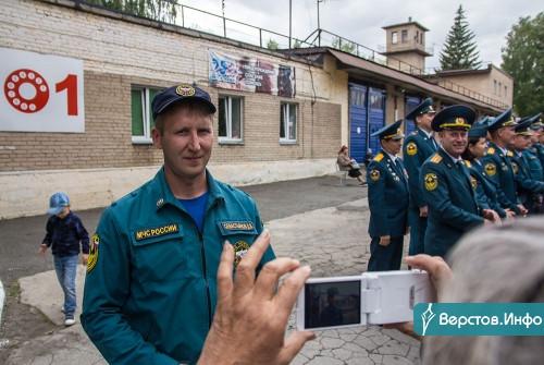 Профессия самоотверженных и мужественных людей. В Магнитогорске открыли мемориал пожарным