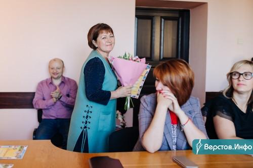 Признание коллег. Накануне Дня строителя сотрудники «Горэлектросети» получили почетные награды