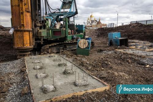 «Коробка» будет уже к концу года. За Ареной «Металлург» продолжается строительство нового катка