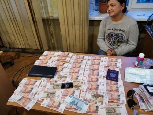 Два десятка эпизодов. Мошенница из Екатеринбурга жила на широкую ногу за счёт магнитогорца