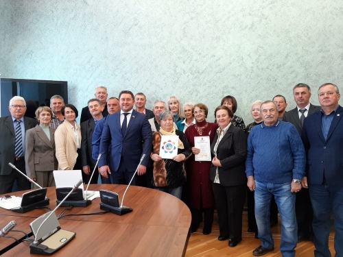 Вклад в корзину региона. Председателей ведущих садовых товариществ Магнитогорска чествовали в ЗСО