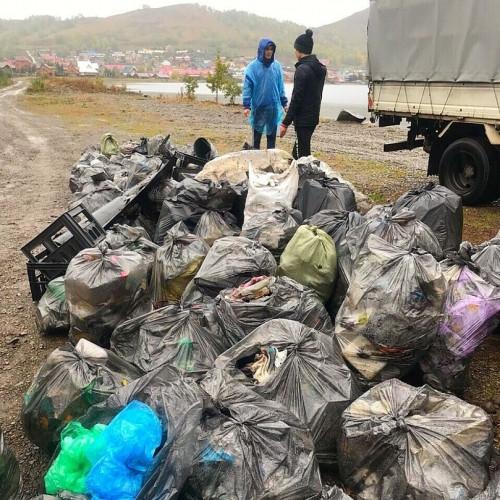 Собрали пять тонн мусора! Магнитогорские активисты очистили берега двух озер и реки Урал