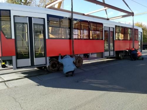 Не Усть-Катавом единым. В Магнитогорск пришел новый трамвайный вагон