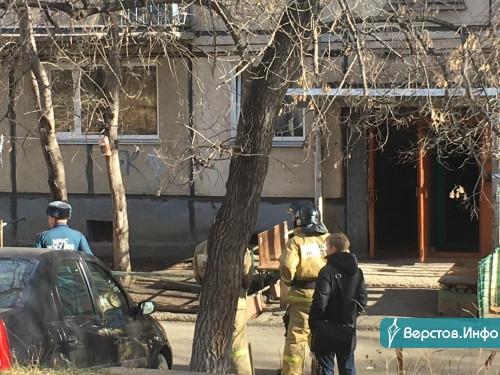 В подвале дома на Суворова обнаружили предметы, похожие на мины. Экстренные службы и полиция уже на месте