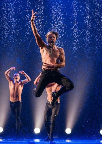 Всплески любви! Петербургский театр танца «Искушение» вновь завоюет магнитогорских женщин
