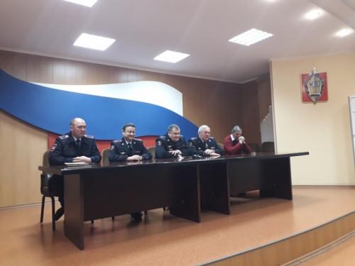 Необычно. Новый начальник УГИБДД познакомился с семьями инспекторов в Магнитогорске