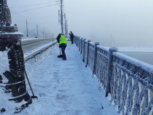 Снегоуборочная техника продолжает работать. За выходные из Магнитогорска вывезли пять тысяч тонн снега