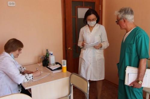 Для лечения и диагностики. До конца года в больнице существенно дополнят оборудование