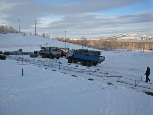 На ГЛЦ уже монтируют трибуну! До этапа Кубка мира по сноуборду осталось меньше двух недель