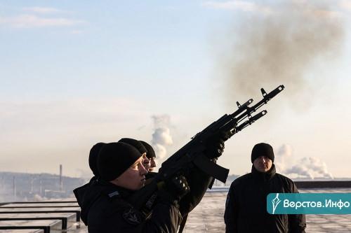 «Нам нельзя снова допускать гибель наших соотечественников». Магнитогорцы почтили память погибших в Чечне