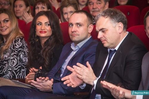 В обеспечении иска отказал. Арбитражный суд отказался замораживать активы Дубровского-младшего