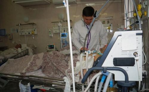«У нас нет выписных». Врачи, спасающие самых «тяжелых» пациентов, отмечают юбилей отделения