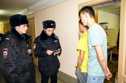 Полицейские проверяют общежития. Нарушения нашли и в Магнитогорске