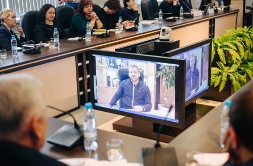 Фундамент заложен. Миллиардер Игорь Рыбаков открыл эндаумент-фонд магнитогорской школе № 56