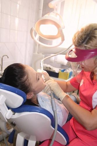 С заботой о зубах. «Студенческая» поликлиника приглашает на прием к стоматологу