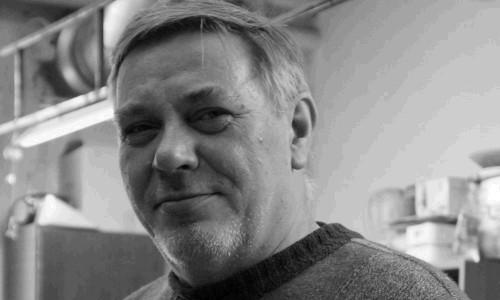 «Золотые руки театра кукол». Скончался художник-постановщик театра «Буратино» Михаил Кривенко