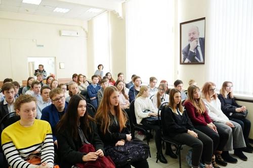 От судьи до депутата Госдумы. Для магнитогорских школьников «открыли» профессию юриста
