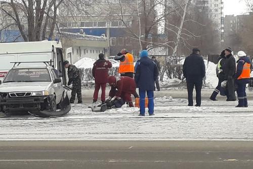 Шла на «красный». В Магнитогорске водитель «Калины Спорт» сбил 80-летнюю пенсионерку