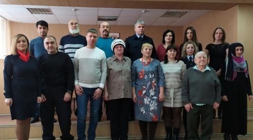 13 новых россиян. В Магнитогорске иностранцы присягнули на верность России