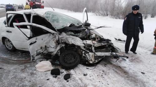 Не успел вернуться на свою полосу. Два человека погибли в ДТП под Магнитогорском