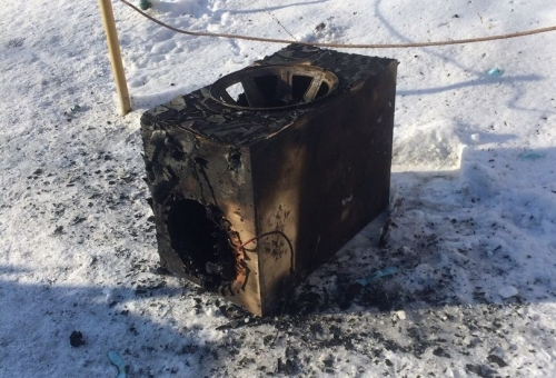 Восстановлению не подлежат. В Магнитогорске за последние дни сгорели два автомобиля Mitsubishi