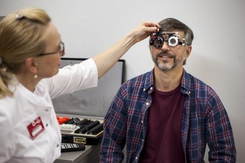 Встречайте весну с комфортом: «Оптик-Центр» приглашает за новыми очками по выгодным ценам