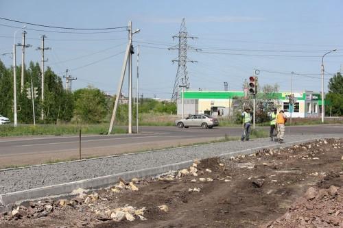Ремонтируют и строят новые. В Магнитогорске продолжают приводить в порядок тротуары