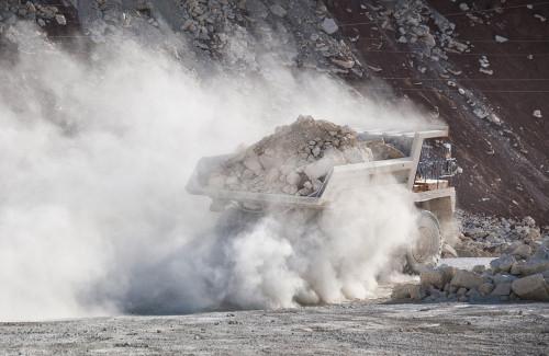 Жители левобережных улиц утопают в грязи и в пыли. А ООО «Горстрой» требует миллион от журналистов за ущерб для репутации