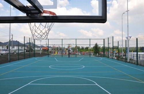 На радость детворе! Управляющая компания ООО «Начало» подарила жителям поселка Грин Парк зону спорта и отдыха