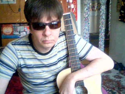 Приставал к пятилетней девочке. В Магнитогорске за педофилию задержали 43-летнего преподавателя музыки