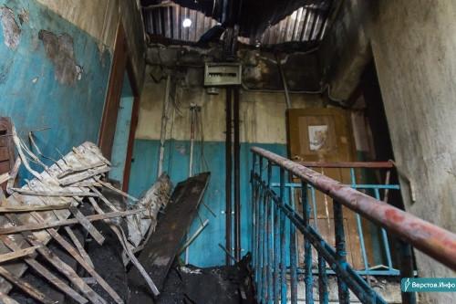 Собираются применить новую технологию. В Магнитогорске наполовину отремонтировали дом со сгоревшей крышей